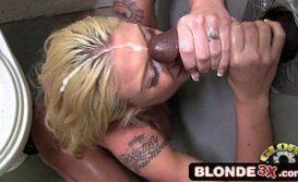 Baixar filme porno com uma novinha trepando com rola do banheiro