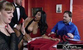 Porno sex com vadias do poker super safada