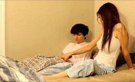 Caiu na net novinha sentando em cima da pica do namorado