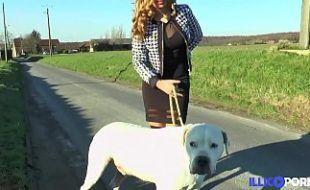 Porntube mostra mulher transando com animal