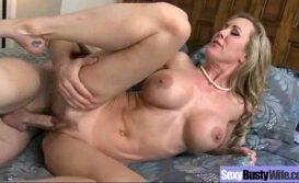 Videos sexo grátis com coroa gostosa metendo